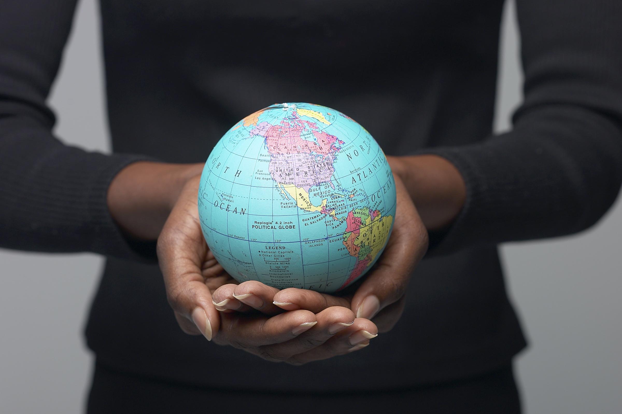 globe-woman